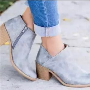 Never Used Blue Grey Booties Size 7
